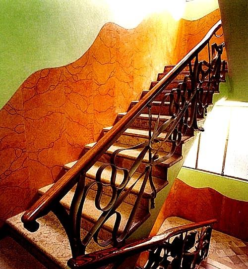 Gaudi designer casa mila hierro forjado escaleras - Escaleras hierro forjado ...